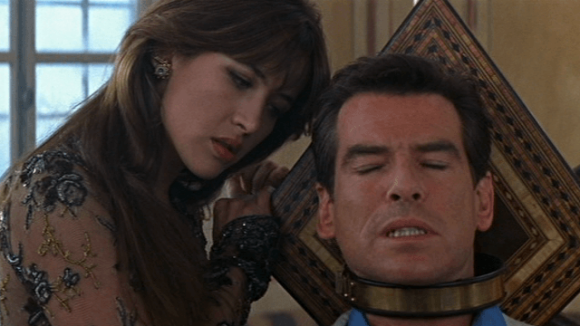 The-World-Is-Not-Enough-Elektra-James-Bond-Sophie-Marceau-Pierce-Brosnan-torture-chair