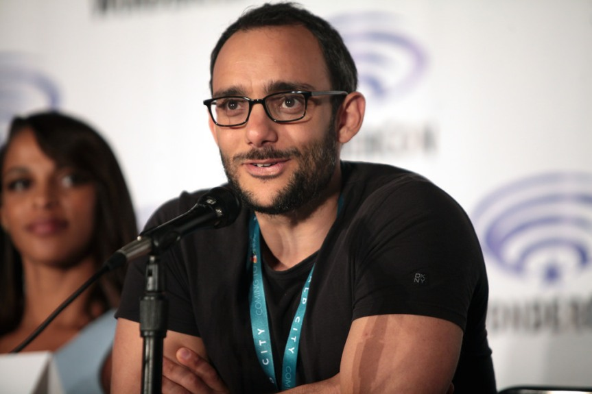 Omid Abtahi Talks 'The Mandalorian', Jon Favreau, What Fans Should Expect And The Technology Of The Series (ExclusiveInterview)