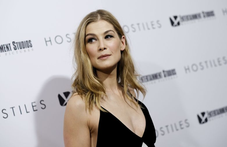 Rosamund Pike In Talks To Join Amazon's 'The Wheel Of Time' TV Series.